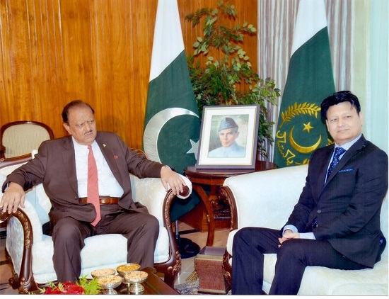 Muhammad-Zahoor-Ukraine-with-Pakistani-President