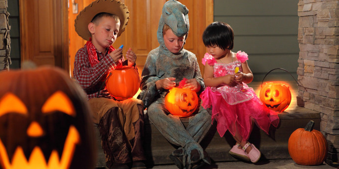 trick-or-treat-safety-gadgets