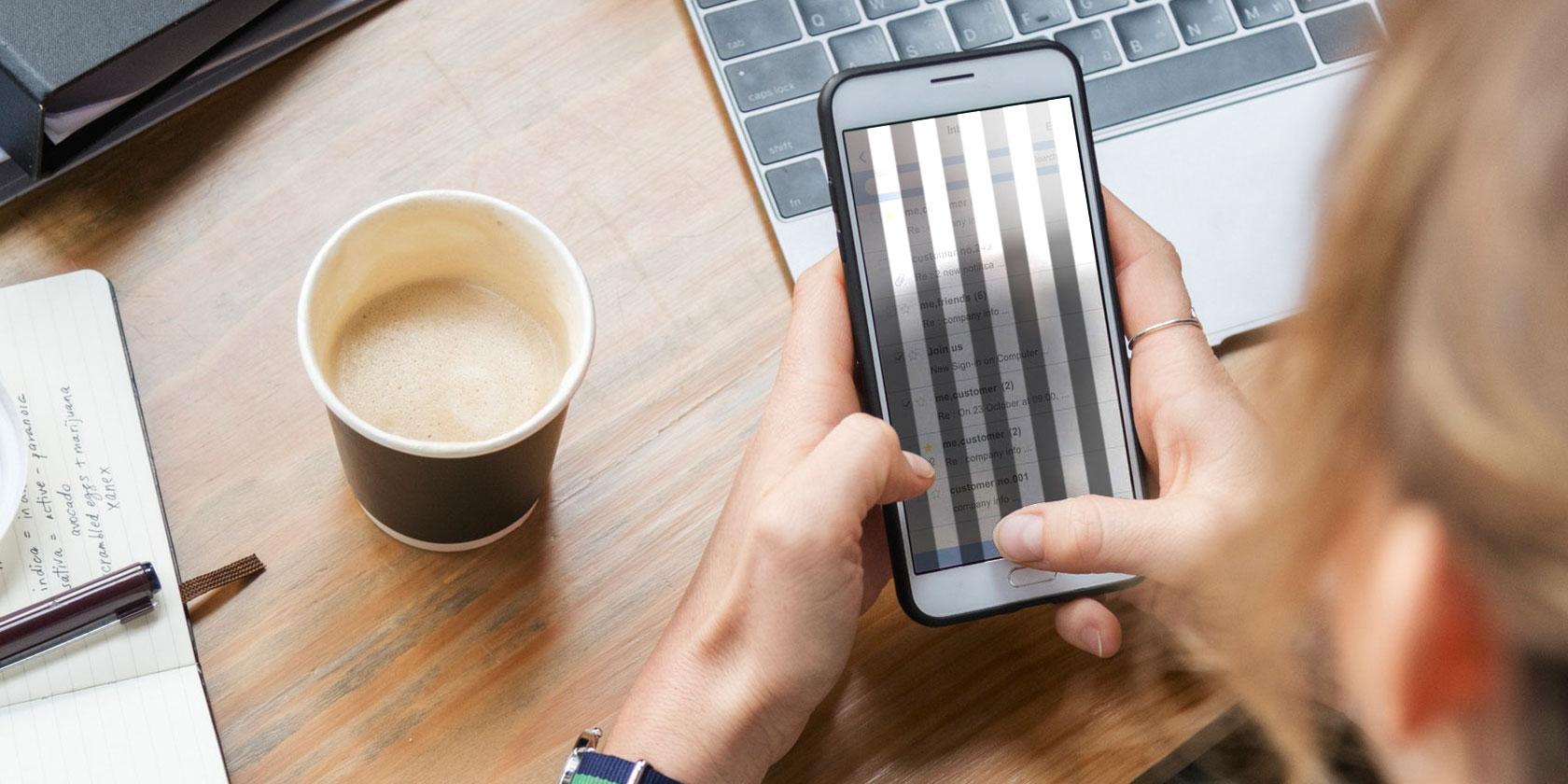 flickering-phone-screen